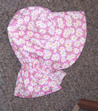 Girls sunbonnet -Cute white daisies on pink bkgrd-Rawhide Gifts and Gallery