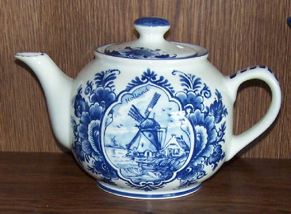 Value of delft pottery