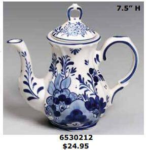 Floral delft blue teapot