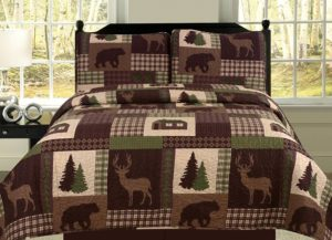 checkered bedspread in earth tones