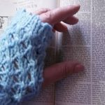 Ladies lacy fingerless glove pattern for free